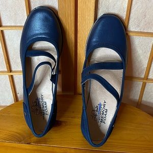 Womens Lifestride Velocity Blue, Indira Shoes